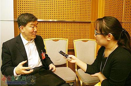 农业部副部长:保证惠农政策 请来中央纪委联手深挖农资腐败